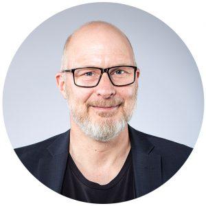 Adam Svensson i studio
